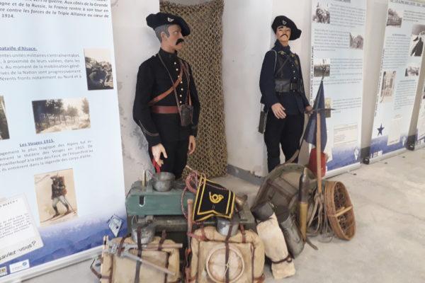 exposition d'équipements au fort de comboire